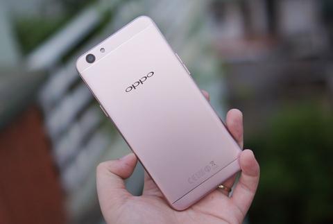 Mo hop Oppo F1s: Smartphone chuyen selfie, dang ua nhin hinh anh 14