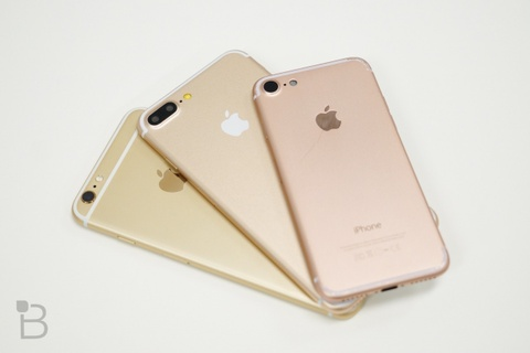 iPhone 7 Plus se co man hinh Quad HD hinh anh