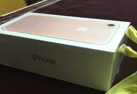anh hop iphone 7 hinh anh