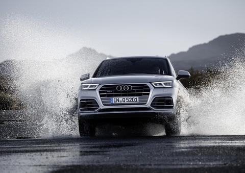 Audi Q5 2017 dang the thao hon, gia tu 50.000 USD hinh anh 8