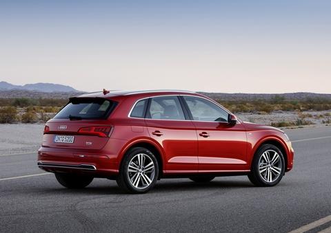 Audi Q5 2017 dang the thao hon, gia tu 50.000 USD hinh anh 3
