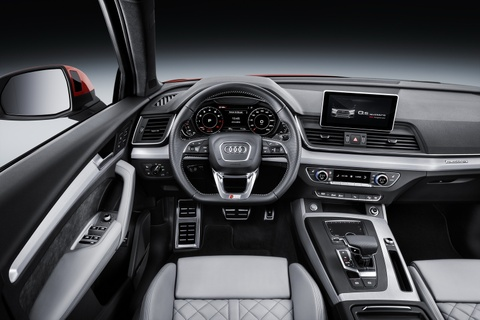 Audi Q5 2017 dang the thao hon, gia tu 50.000 USD hinh anh 12