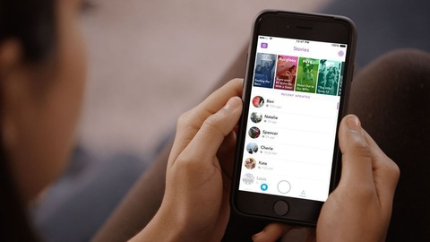 Facebook cho phep ke cau chuyen 24 gio voi 'Messenger Day' hinh anh