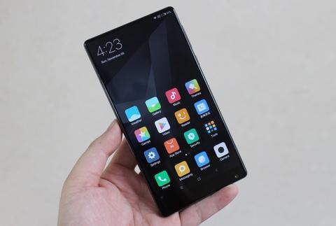 Xiaomi Mi Mix ve VN: Xung danh di dong cua tuong lai hinh anh 2