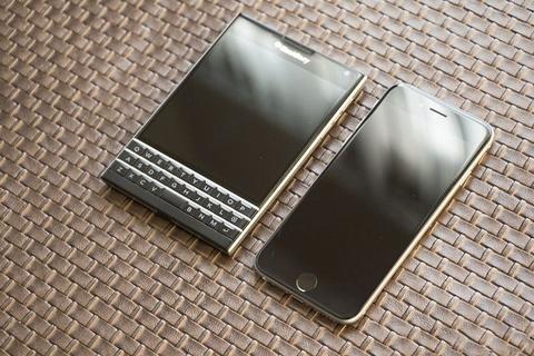 blackberry priv xach tay gia hinh anh
