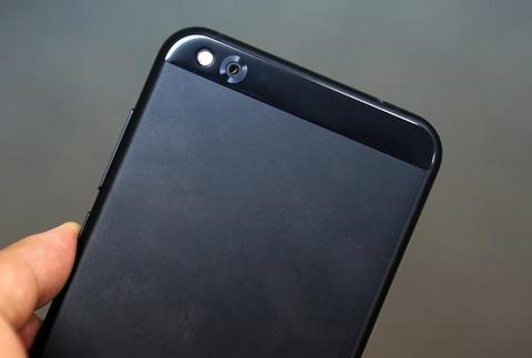 Xiaomi Mi 5c ve Viet Nam: Thiet ke cao cap, hieu nang trung binh hinh anh 8