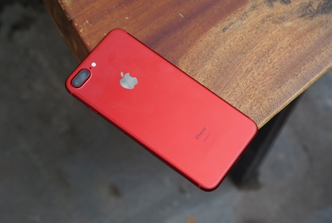 Can canh iPhone 7 Plus do tai VN: Doc, dep, gia cao hinh anh 3