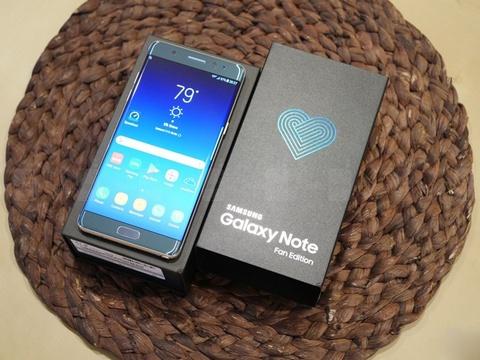 Galaxy Note FE ban het sach sau 2 thang hinh anh