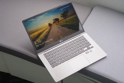 6 laptop sieu mong nhe dang cap tai Viet Nam hinh anh