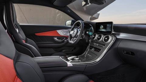 Mercedes-AMG C63 2019 so huu hang loat nang cap hinh anh 7
