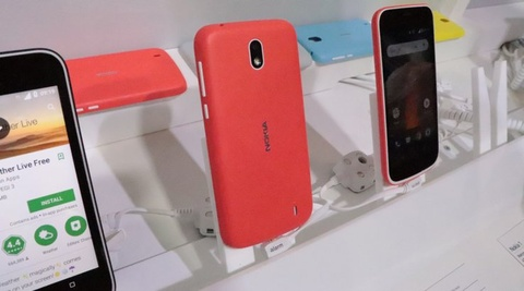Can canh Nokia 1 hinh anh