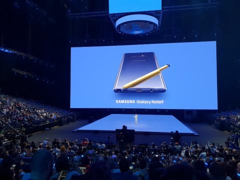 Nhung hinh anh an tuong tai buoi ra mat Galaxy Note9 hinh anh 2