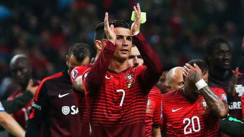 Lich thi dau Euro 2016 va doi hinh - Tuyen Bo Dao Nha hinh anh