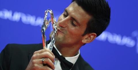 Djokovic qua mat Messi gianh giai Laureus hinh anh