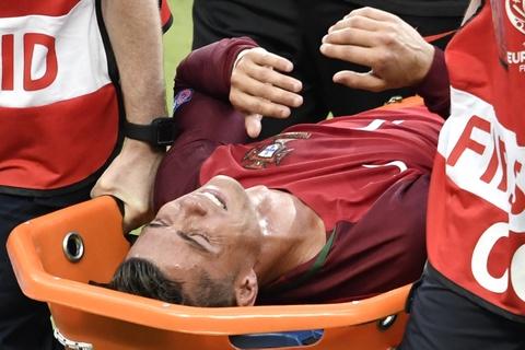Ronaldo chan thuong, Bale len tieng dau tien hinh anh