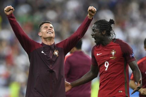 Tien thuong vo dich Euro khong bang luong tuan cua Ronaldo hinh anh