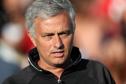 Conte va Mourinho nhieu nguy co bi sa thai dau tien hinh anh