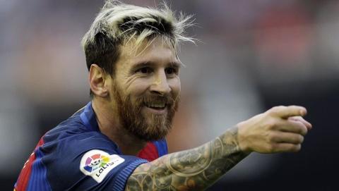 Qua bong vang 2016: The gioi dung ve phia Messi hinh anh