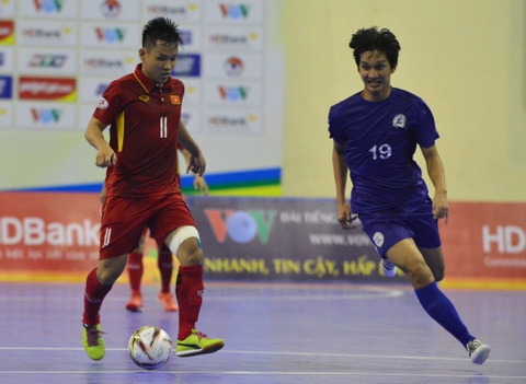 Con giau bai, DT futsal Viet Nam van huy diet Philippines 24-0 hinh anh 10