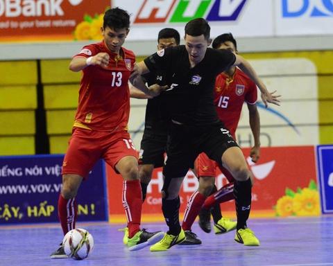 Nhan chim Myanmar, futsal Thai Lan cham tay vao ngoi vo dich hinh anh 10