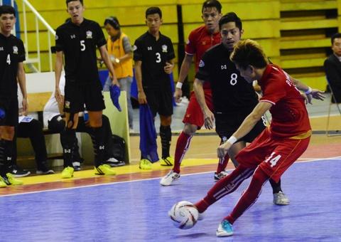 Nhan chim Myanmar, futsal Thai Lan cham tay vao ngoi vo dich hinh anh 12