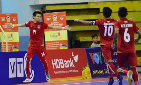 Nhan chim Myanmar, futsal Thai Lan cham tay vao ngoi vo dich hinh anh 8
