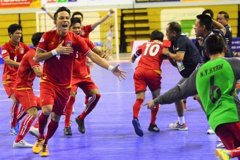 Myanmar gieo them sau cho futsal Viet Nam ngay tren san nha hinh anh 1