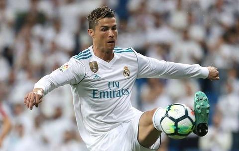 Ronaldo tren duong thanh cau thu hay nhat the ky 21 hinh anh