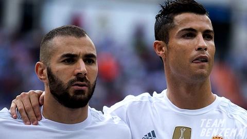 Ronaldo di, Benzema het noi nuong nau hinh anh