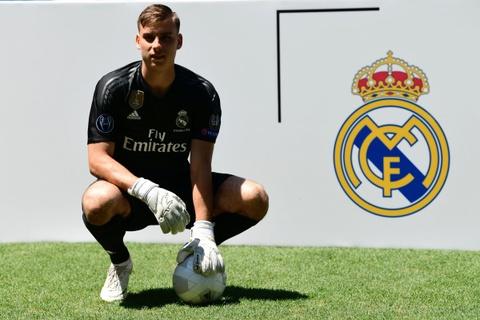 'Bo gia' Perez ru bo triet ly Galacticos o Real Madrid hinh anh 1