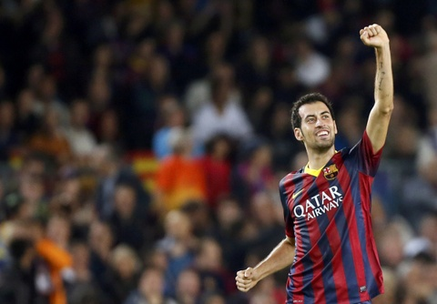 Sergio Busquets: 'Phat minh' the ky cua Pep Guardiola hinh anh