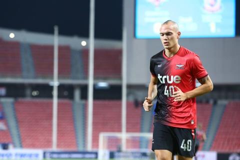 Đội tuyển Thái Lan mất trung vệ từng chơi bóng ở Đức hết AFF Cup