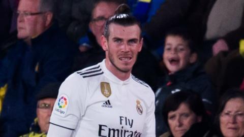'Gareth Bale con kem rat xa Cristiano Ronaldo' hinh anh