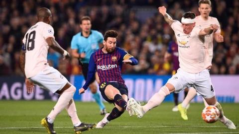 Tu Diego Maradona den Messi va 4 phut kinh hoang cua nguoi Anh hinh anh 1