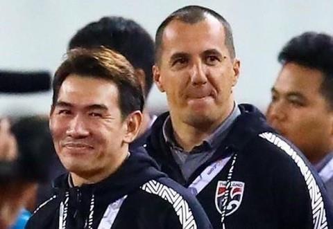FIFA khong ky luat tro ly HLV Thai Lan khieu khich ong Park hinh anh