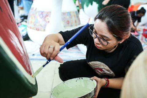 Xuong che tac linh vat duong hoa Nguyen Hue dip Tet hinh anh 13