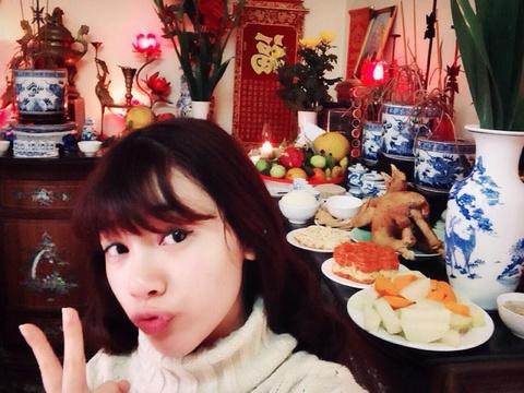 Hot teen 11/2: Ha Min tu tay lam co cung ong Cong ong Tao hinh anh