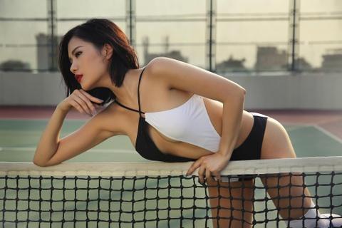 Hot girl Viet khoe dang chao he cung bikini hinh anh