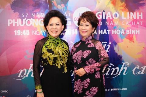 Giao Linh, Phuong Dung hoi hop khi hat tren que huong hinh anh