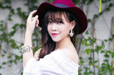 Bao Uyen The Voice no luc thoat cai bong cua My Tam hinh anh