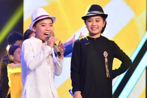 Cong Quoc canh tranh Hong Minh ngoi quan quan The Voice Kids hinh anh