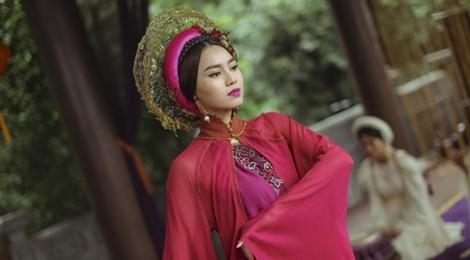 'Trang phuc Tam Cam khong giong phim co trang Trung Quoc' hinh anh