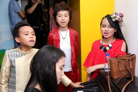 Giam khao Vietnam Idol Kids be bong thi sinh nhi hinh anh 9
