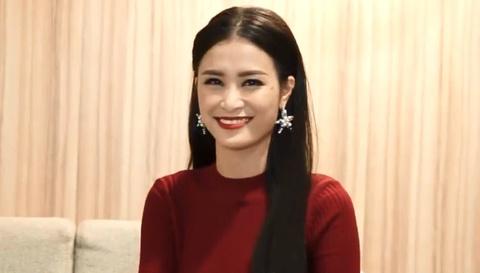 Dong Nhi phat bieu bang tieng Anh sau khi chien thang MTV EMA hinh anh