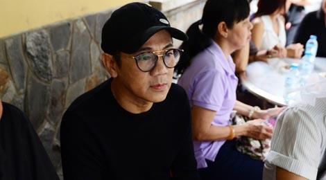 NS Thoai My, Thanh Loc khoc khi den vieng sau nu Ut Bach Lan hinh anh
