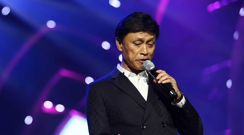 Tuan Ngoc, Uyen Linh nong nan tren san khau hinh anh