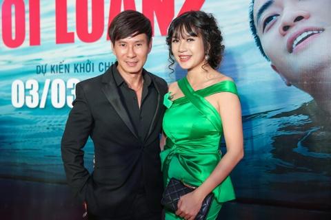 Dan sao Viet hao huc di xem 'Hot boy noi loan 2' hinh anh 6