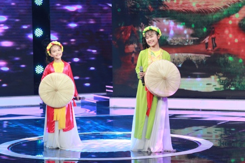 Quynh Nhu, Linh Phuong duoc Quang Linh nhan xet hat co hon hon minh hinh anh