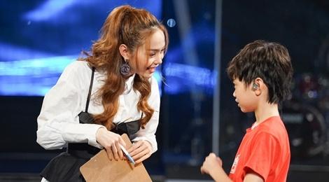 Minh Hang lam giam khao chung ket Vietnam Idol Kids hinh anh