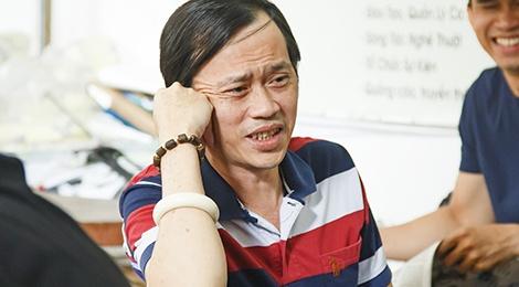 NSND Ngoc Giau, NSUT Hoai Linh tap luyen cho live show Kieu Minh Tuan hinh anh